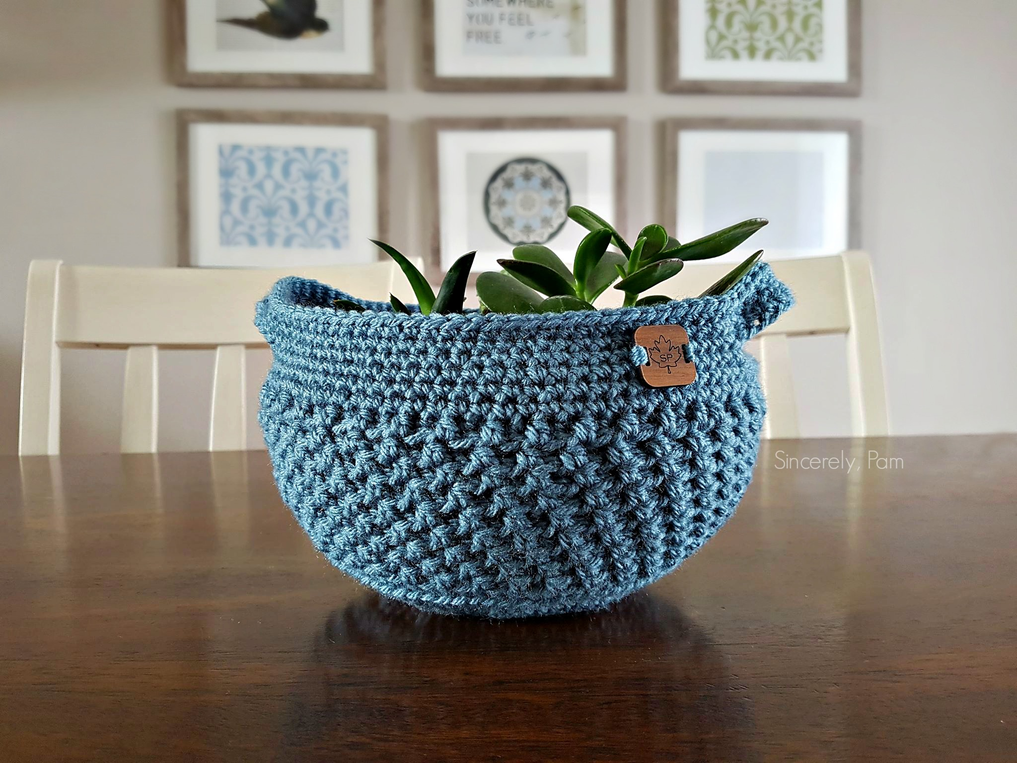 Landowne Basket made in worsted weight yarn