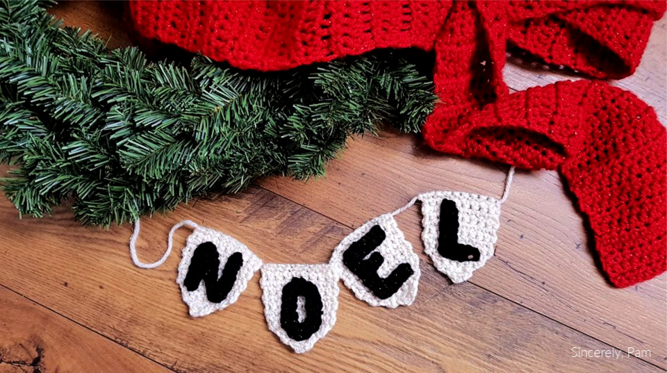 Noel Wreath Bunting Free Pattern Sincerely Pam