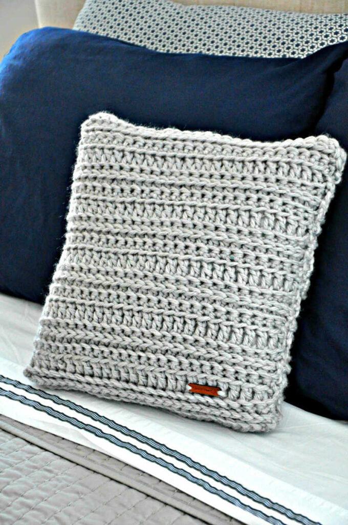 danielle pillow crochet pattern by sincerely pam