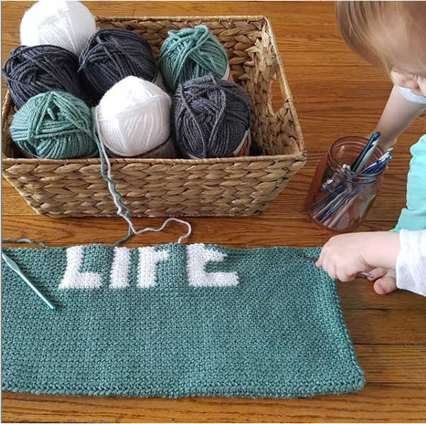 lake life pillow crochet pattern wip by sincerely pam