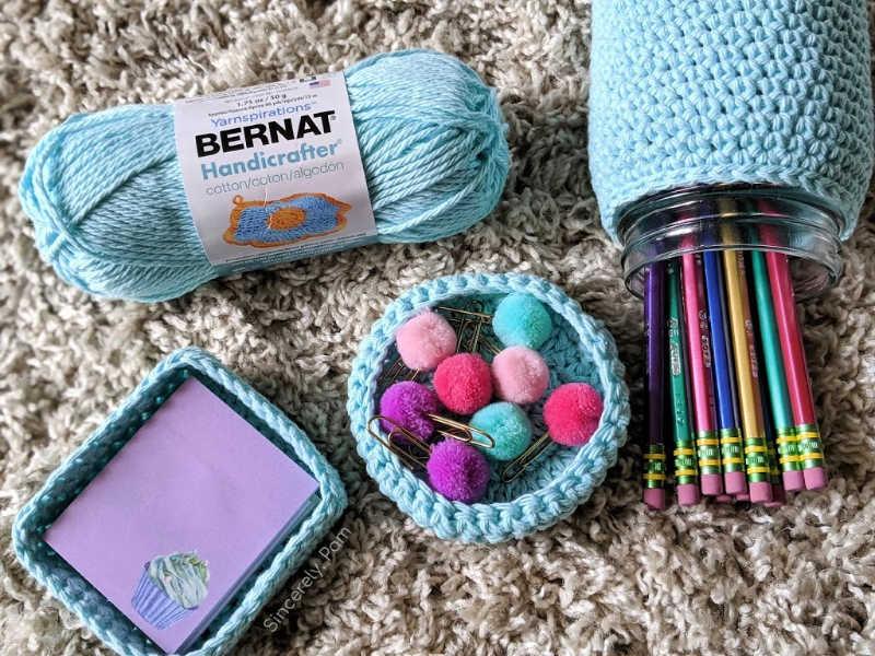 free crochet desk set pattern by sincerely, pam