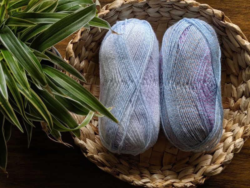 loops and threads Kai yarn