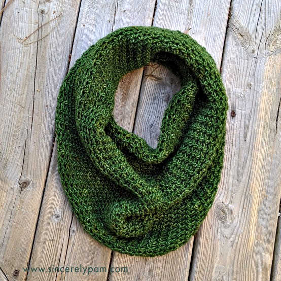 lansdowne cowl free crochet pattern by sincerely pam