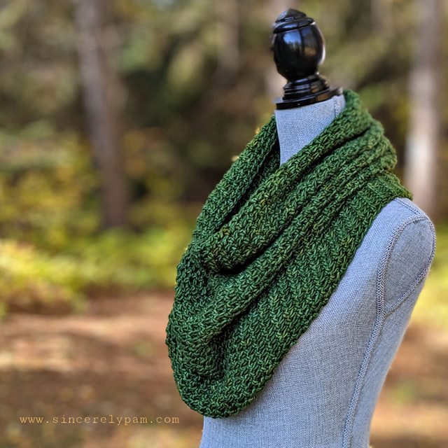 Lansdowne Cowl Crochet Pattern by Sincerely Pam
