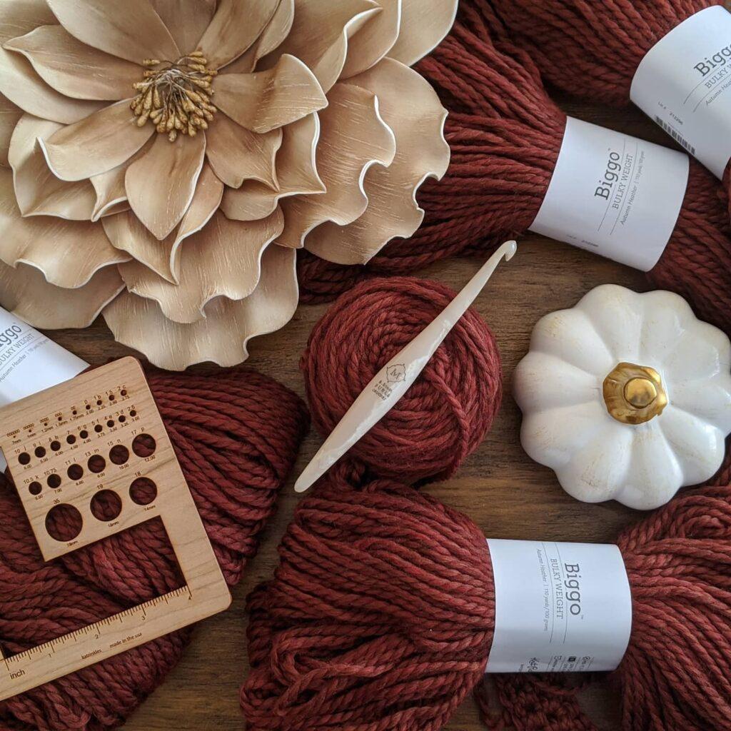 Biggo yarn by WeCrochet and Cream Streamline Swirl by Furls crochet.