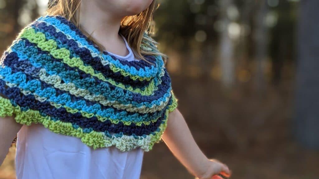brooke ponchette crochet pattern by sincerely pam using felici yarn from wecrochet